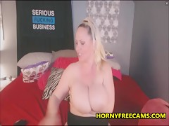 Super Horny Super Busty Webcam Slut