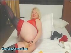 Upskrit hariy pussy older moms