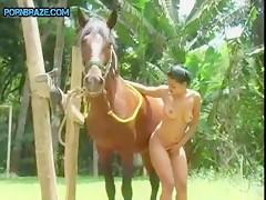 Tiny slut loves blowjob a horse porn dick
