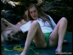 Amateur young girl sex trip with dog - free porn animal