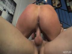 Thrusting rigid dong into wet pussy - Babes porn tubes