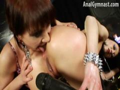 Anita Hengher Plays With Someones Bottom