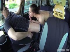 Brunette girl blowjob deep strange man in his taxi