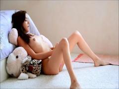 Bitch teen slut want to destroy her cunt