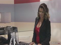 Sexy secretary loves swallowing her boss