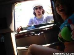 Amateur Couple Fuck In Car