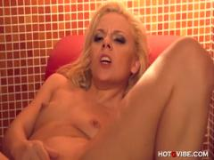 Teenage blonde  - HD porn video  Pornbraze.com