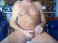 77 yo man from Canada - 2
