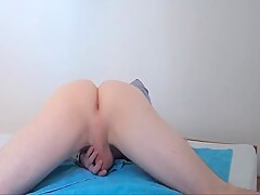 Round ass oiled and fucked with BANANA