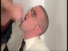 Giving the twink a facial then a golden shower peeing piss