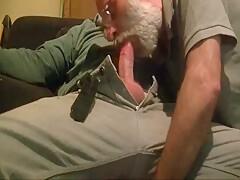 dutch bearded grandpa gives blowjob to chubby guy
